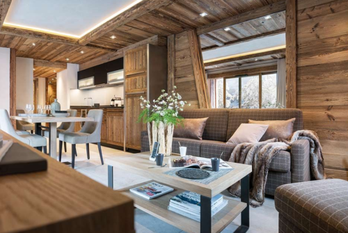nice and cosy chalet with a bunch of flowers